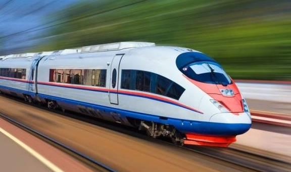 威尼斯app官方:美国火车经常晚点 为什么火车票比机票贵?看清车厢