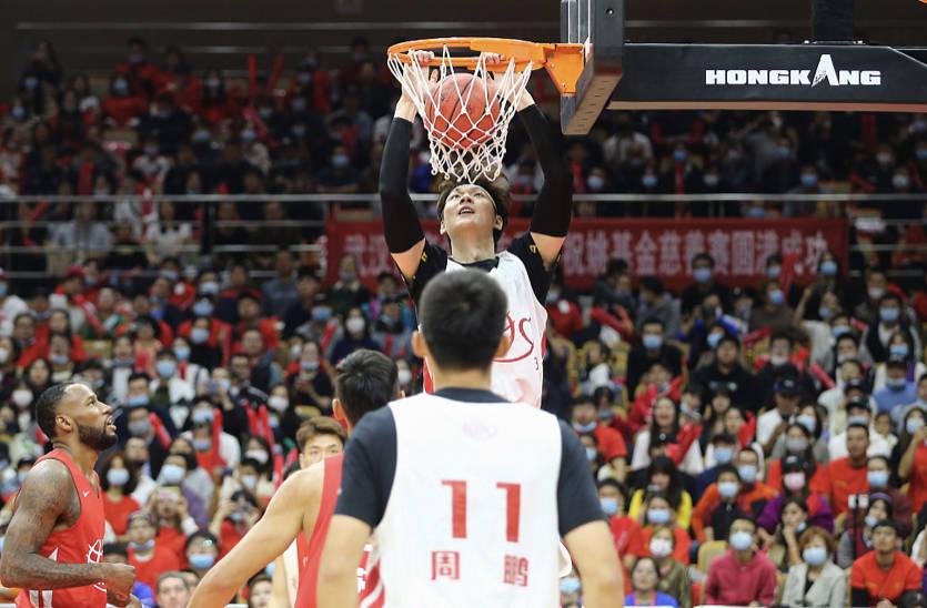 向武汉致敬 姚基金慈善赛中国篮球明星队获胜