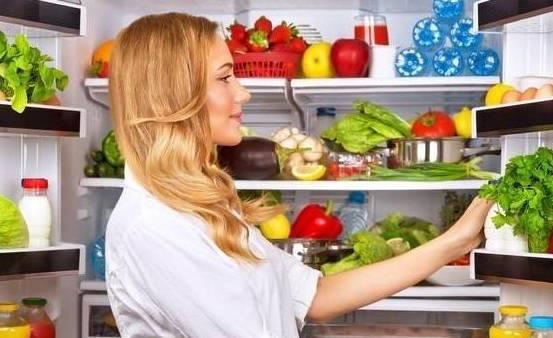聚力体育频道直播:不能放进冰箱的四种食物必须扔掉 很多家庭主妇都忽略了