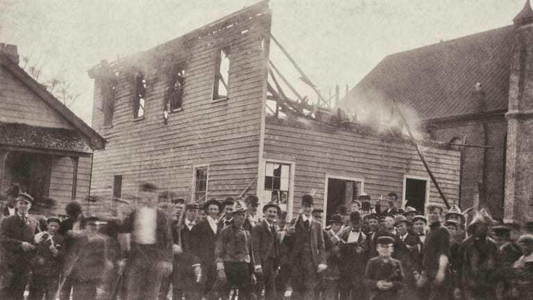 美国唯一成功的政变是在1898年推翻了一个双种族政府