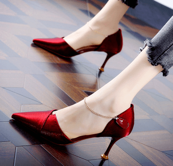 原创 心理测试:朋友聚会,你会穿哪双鞋?测你在哪方面让人嫉妒