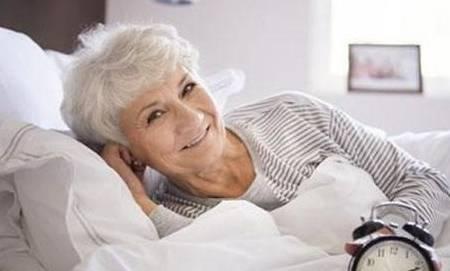 睡个好觉 人万岁!中晚年的人就在睡觉前做这些