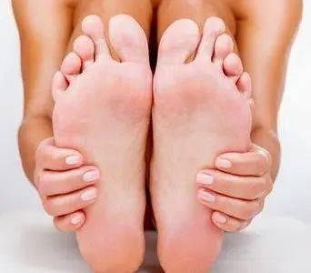 有脚气不要着急,一种小蔬菜就能帮助你缓解脚气
