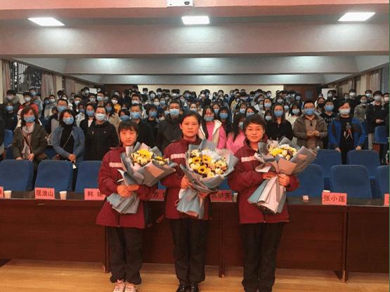 援鄂英雄进校园 抗疫精神励师生[搜狐新闻]