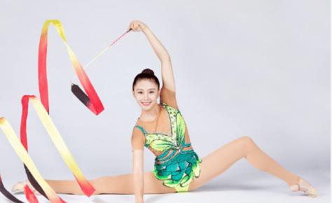 25岁体操女神:退役后成校花,