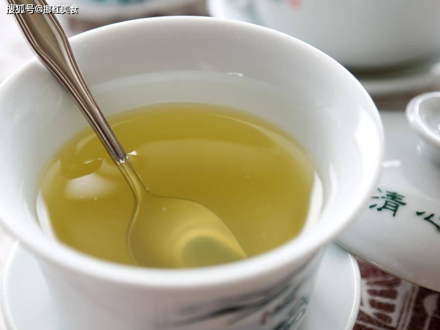 深秋早晚温差大,90老太教你一招,常煮这糖水当茶喝保健康