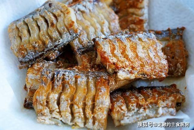 吃了40年带鱼,第一次这样做,香辣下饭,做法简单,百吃不厌!