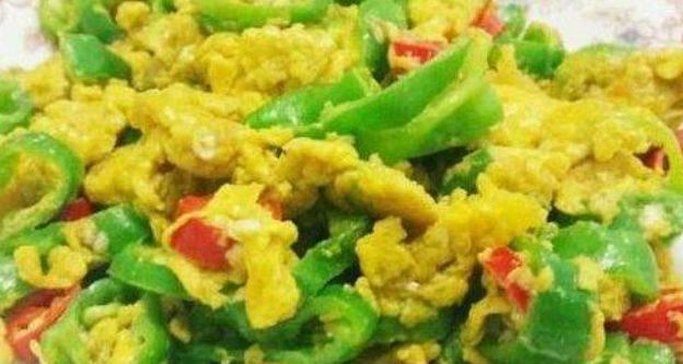好看又好吃,都不舍的全吃光,颜色翠绿翠绿的,看着就有食欲