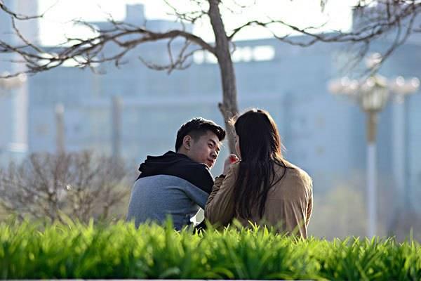 爱与不爱表情骗不了人,如何从对方的表情中判断是否爱你?