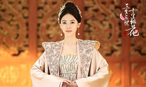 《三生三世十里桃花》:也是富丽堂皇,素锦不