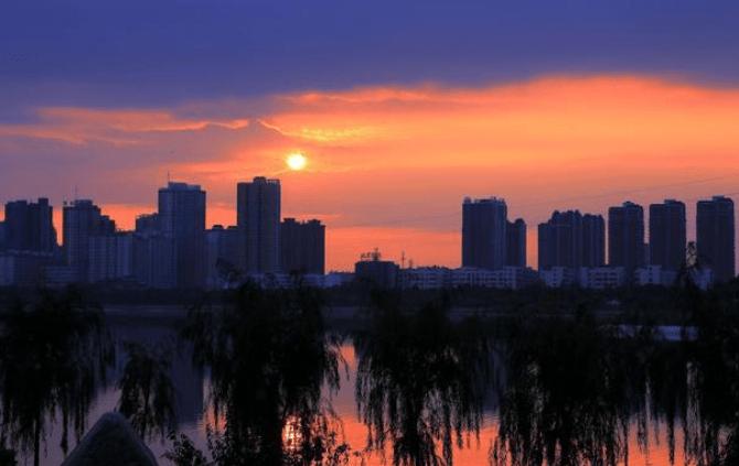 河南各市经济总量排名_河南各市年降雨量排名