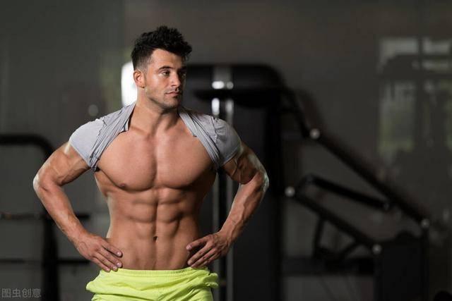 如何练出腹肌?先减脂再虐腹!附:一组虐腹训练动作