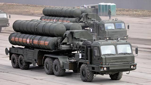 S-400导弹开火,数个高空目标化为火球,五角大楼强烈谴责