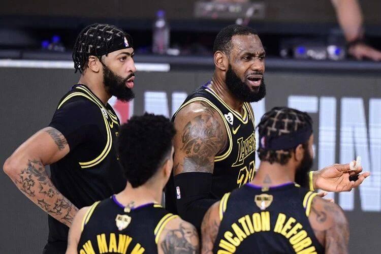 原创             下赛季西部的勇士和东部的篮网,会是湖人卫冕路上最大的拦路虎吗