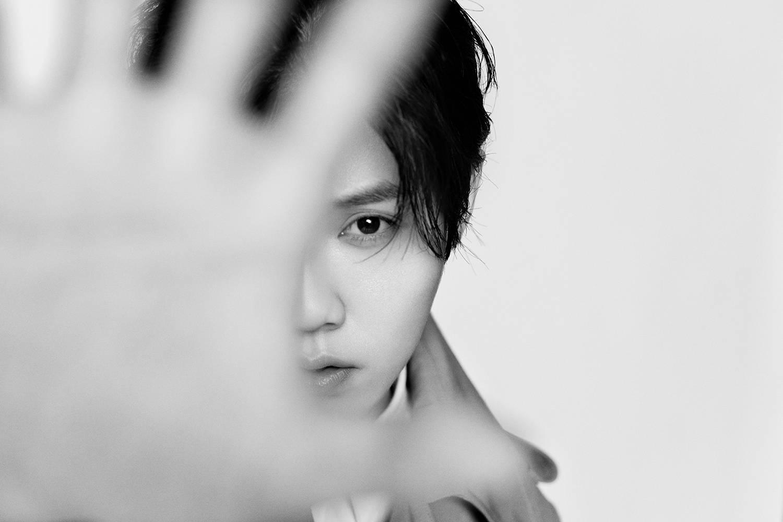 歌手鹿晗MINI数专《π-volume.4》上线归于原色开启无限可能