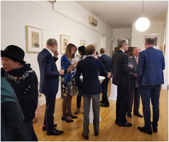 《悟与雾》唐杰个展在卢森堡大使馆开幕