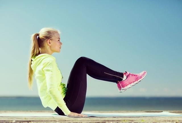 睡前坚持5件燃脂小事,让身体保持燃脂状态,远离肥胖困扰!