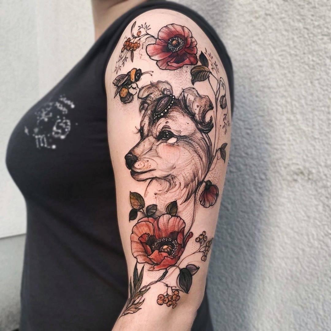 半臂纹身图案