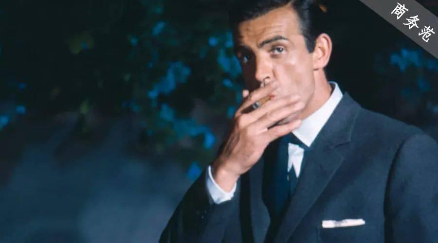 最帅007去世,他才是一代男装偶像!