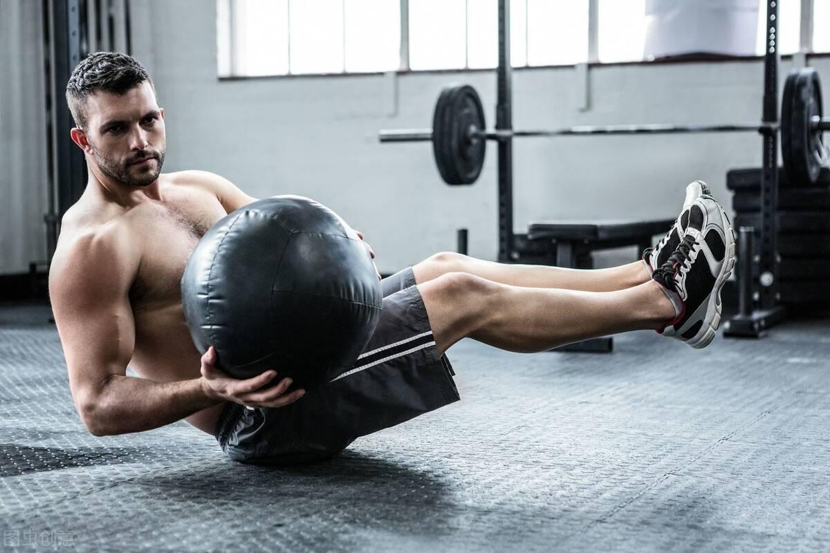 男生为什么健身?为了预防肥胖,抵抗衰老,跟同龄人拉开差距!