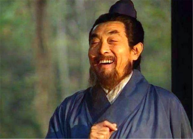 刘备落魄时,水镜推荐诸葛亮,为何只字不提侄儿司马懿呢?