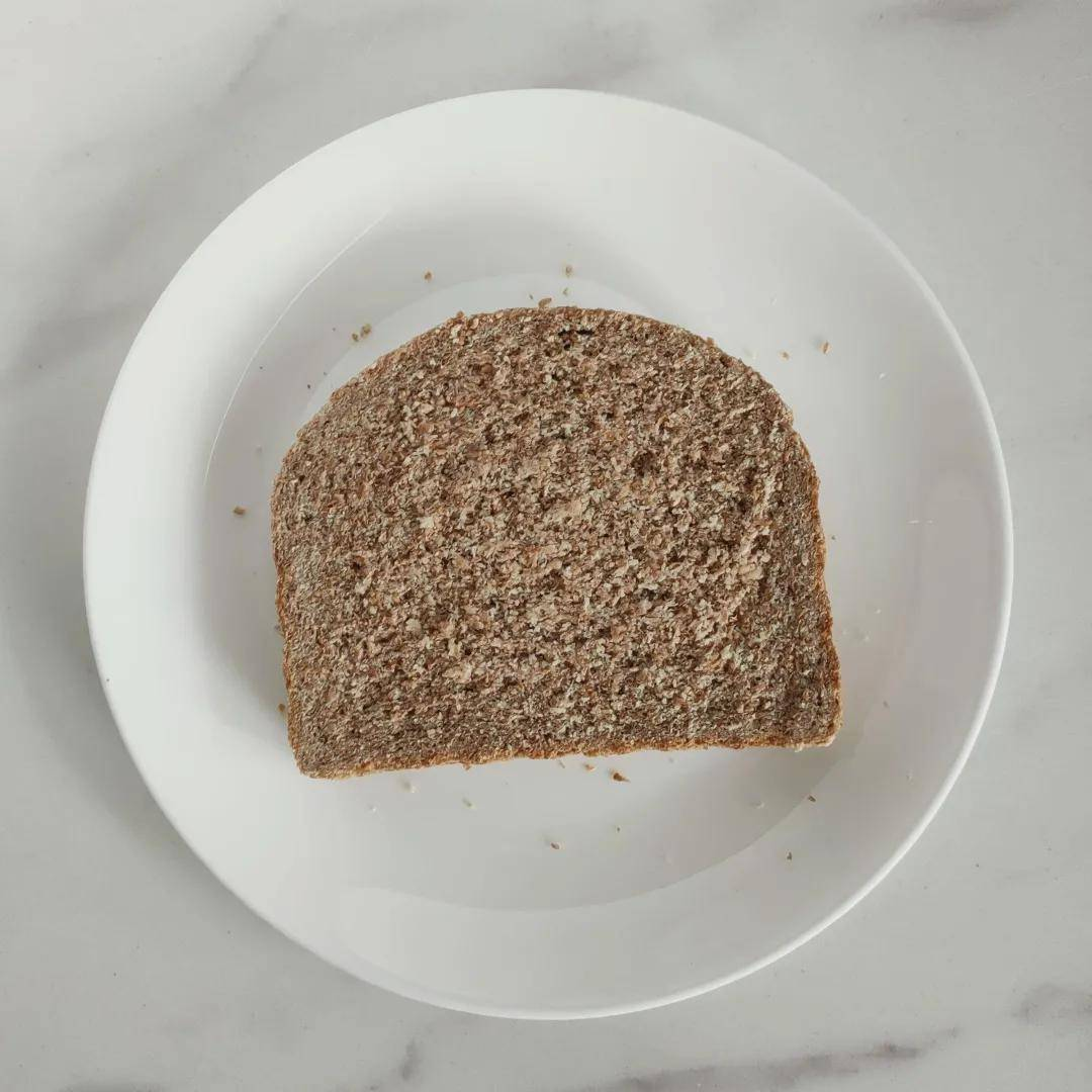 月销量过万的50余款全麦面包中,营养师最推荐这7款
