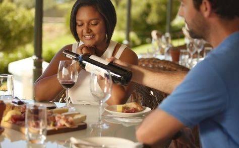 再三提醒:人喝完酒后,此3件事别着急做,除非你在拿健康开玩笑