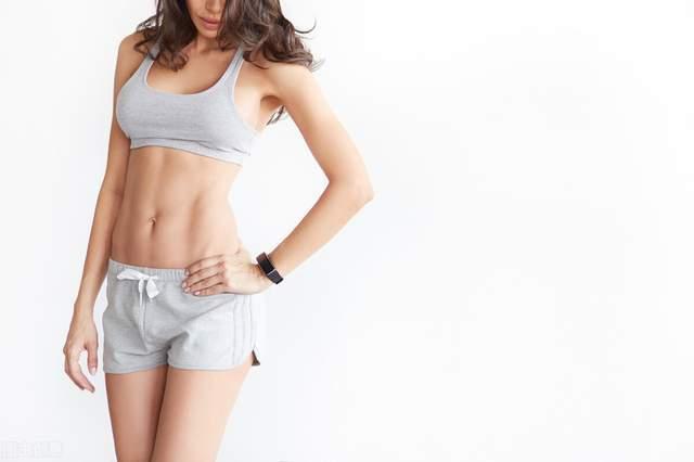 如何减掉小肚子,练出马甲线身材?附:一组腹肌训练动作!