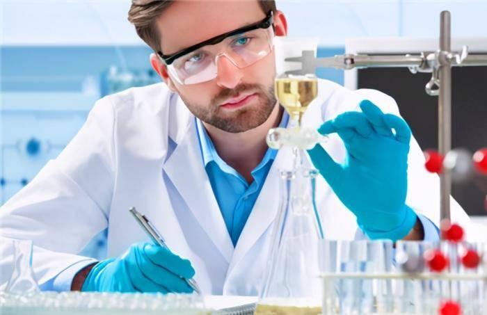 原创   世界顶尖科学家榜单出炉,美国2650人,英国514人,中国有多少?    第6张