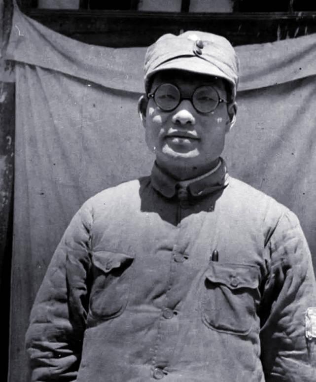 原创   肖劲光:黎川失守,受彭德怀保护,旱鸭子却被毛泽东钦点海军司令    第3张