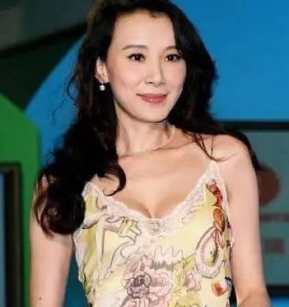 """陈德容师姐、齐秦前女友,最美""""林诗音""""的她,51岁活成了一束光"""