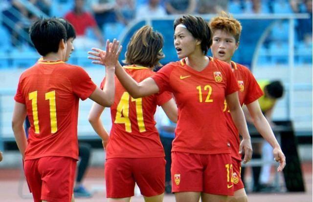 太疯狂!中国女足冒雪备战,韩国队不足为虑,进军奥运势在必行