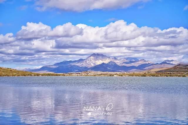 康定机场附近的神秘湖泊,川西雪山最佳观景点,随手一拍都是大片