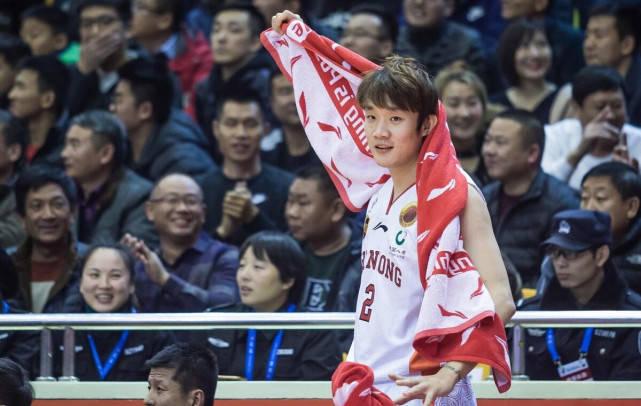 鲁媒:小丁正随山东三人篮球队训练下赛季才是最佳回归时机