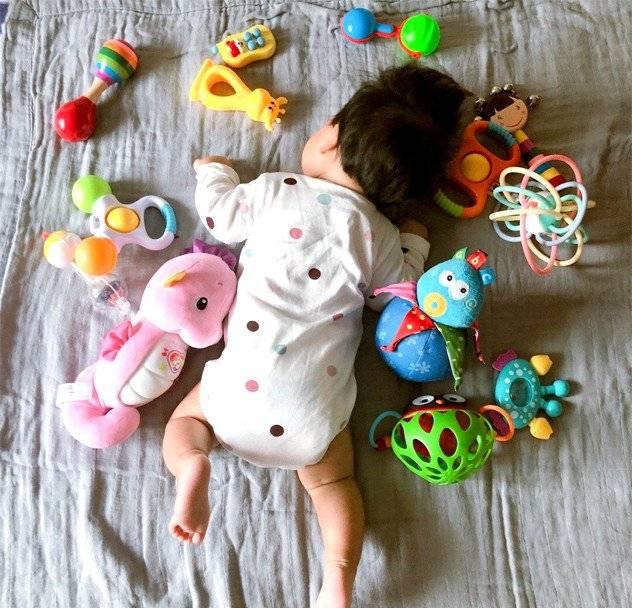 玩出大能力!不同月龄宝宝玩什么玩具?这份0-1岁玩具清单请收藏
