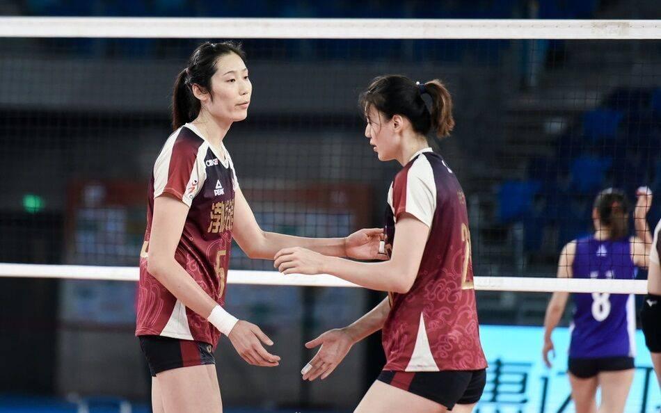 朱婷助阵天津夺常规赛冠军 女排八强出炉仅有一席被换