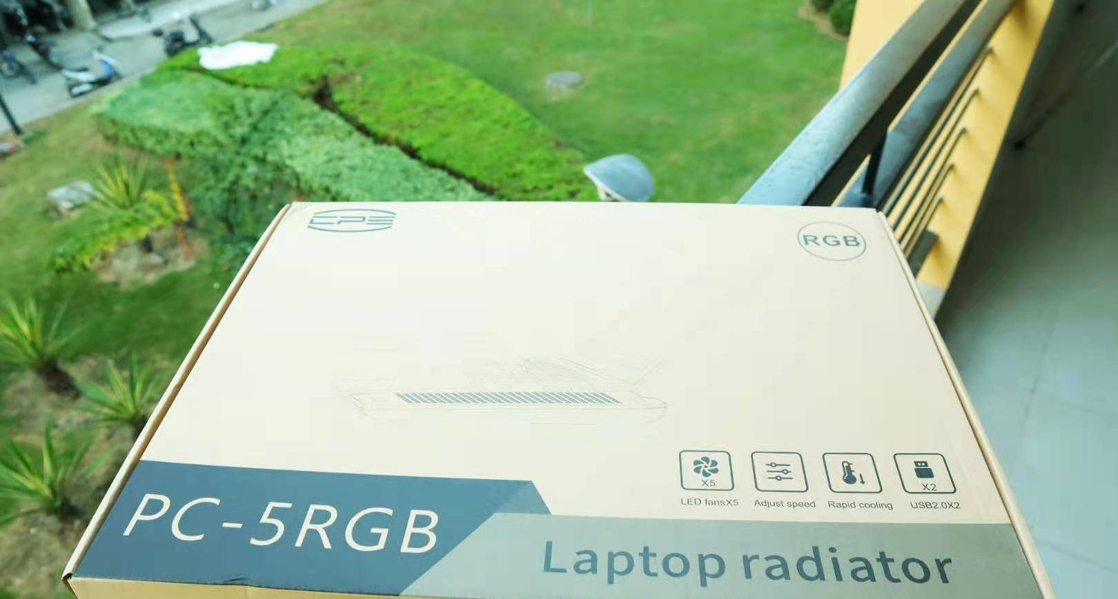 散热器也需要RGB?超频三冰斧PC-5 RGB暖气片排列!