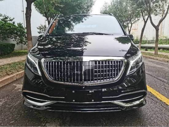 2020奔驰V250商务保姆车热卖改装实拍