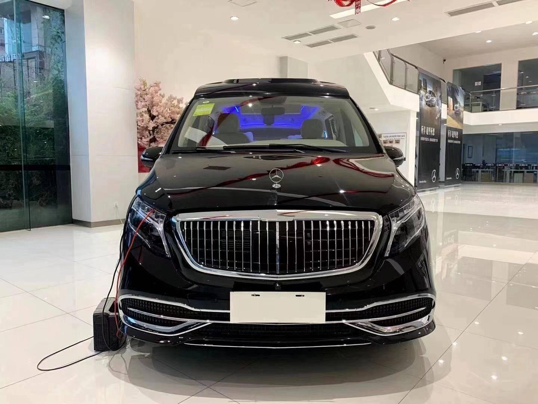 奔驰威庭最新商务改装天津港现在是汽车推广