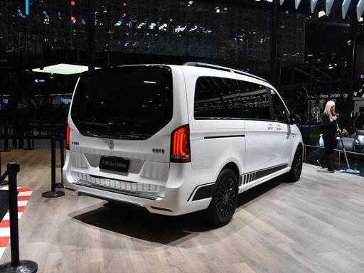 原看GL8,裸车长度5370mm,行政座椅两侧电动滑门,新一代MPV黑马
