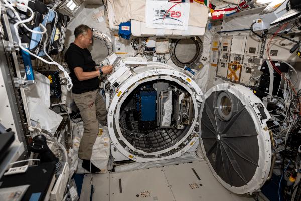2020年最佳空间站科学图片