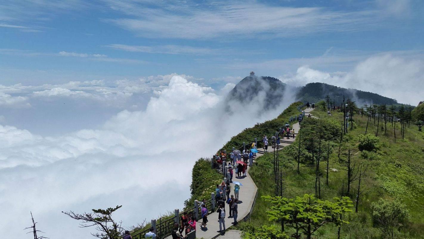 探秘峨眉山为何从道教名山变成了佛教胜地?
