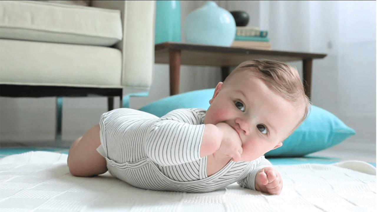 想宝宝聪明长个快?美国医生:多给婴儿做Tummy Time