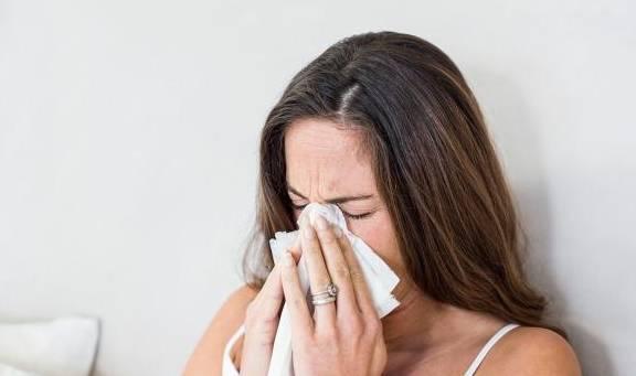 原来马宝感冒了,所以不能吃药给孩子喂奶。吃药后不能母乳喂养?