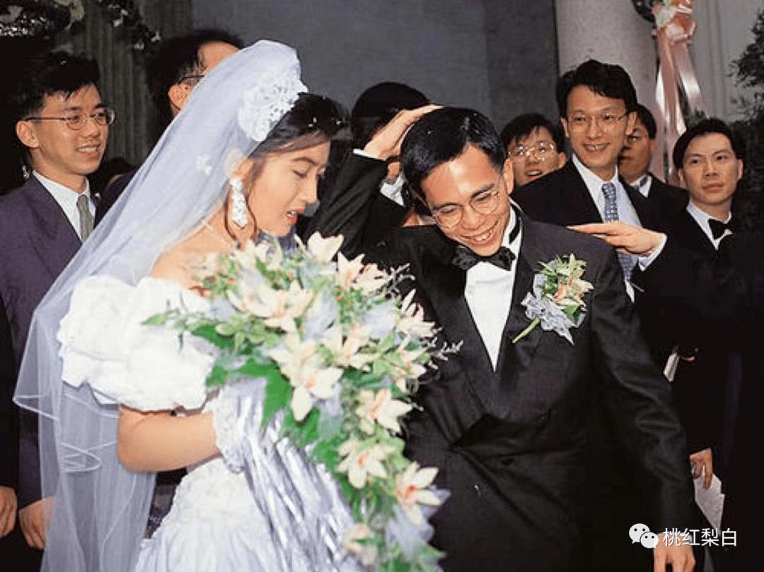 24岁就嫁入香港第一豪门,低调的王俪桥是最好命的原配太太?  第19张