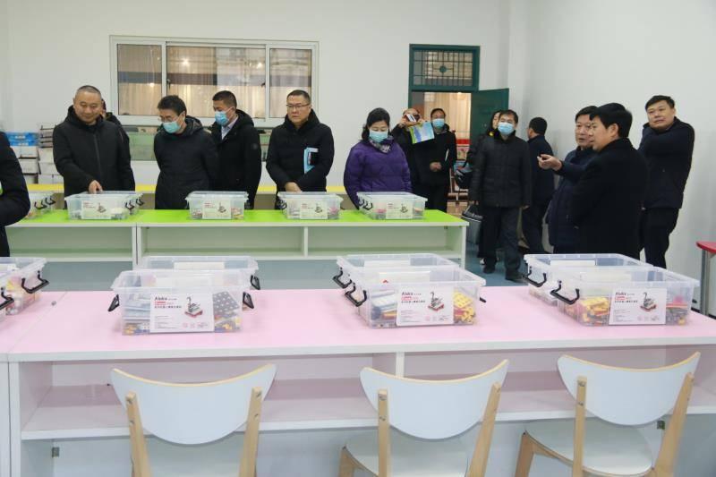 濮阳市第八中学迎来南乐县考察团  第10张