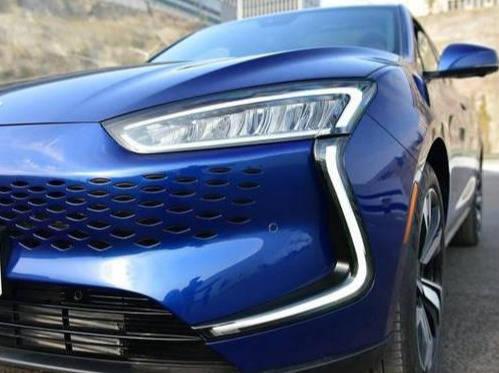 原装国产新电动车续航长达500公里,破百只需3秒5