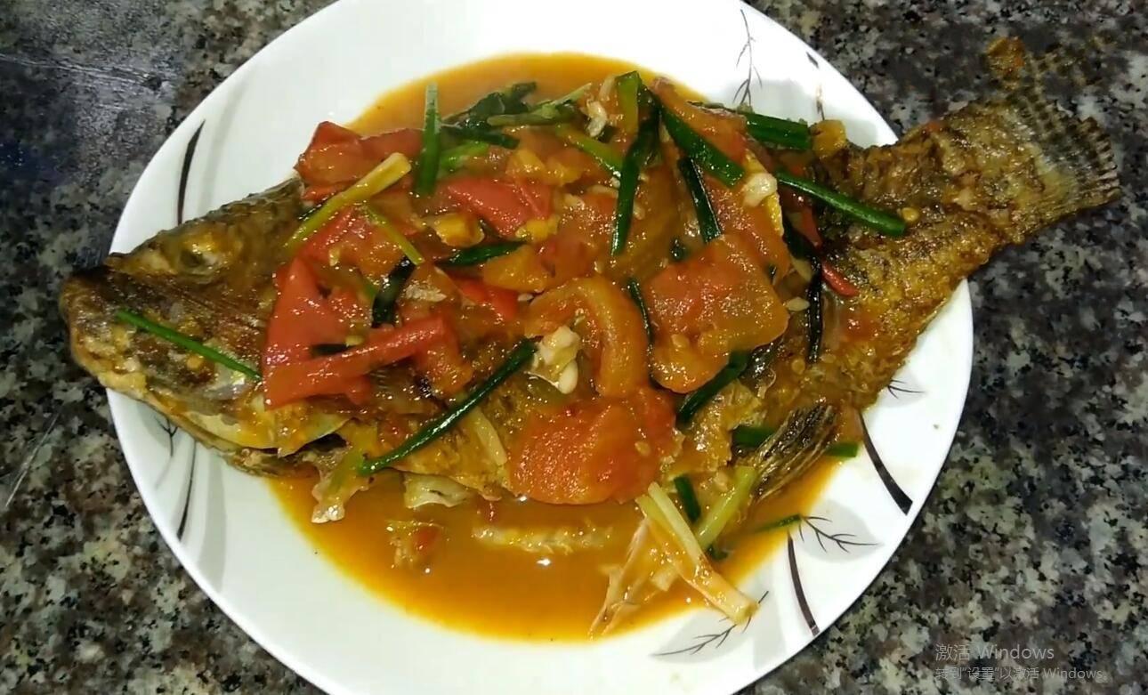 番茄烧罗非鱼最好吃的做法,鲜香入味没有一点泥腥味