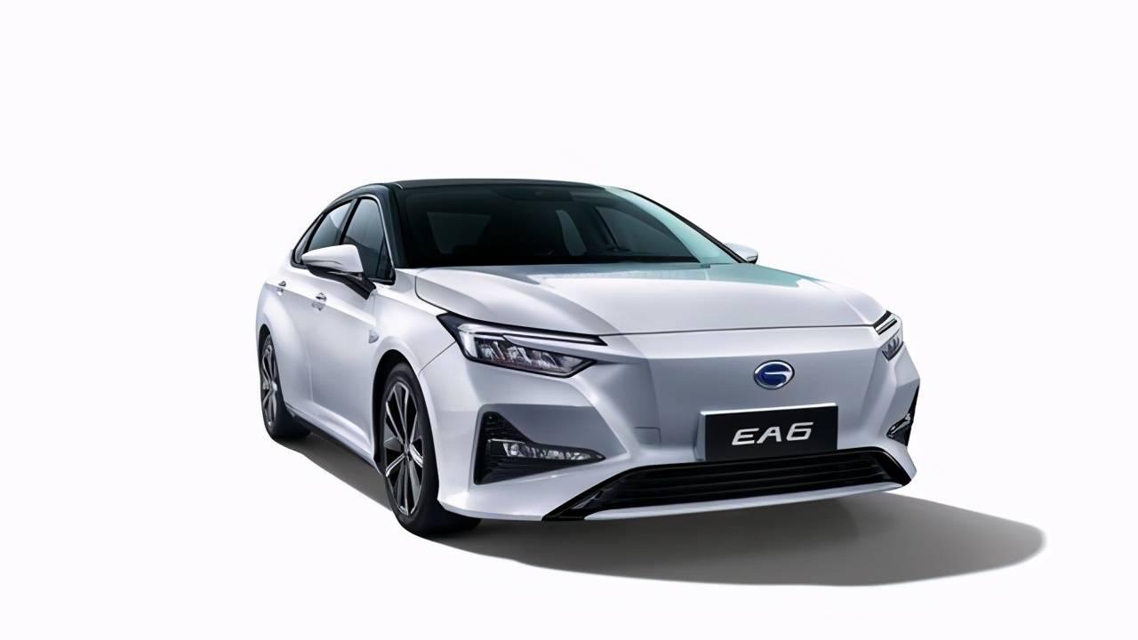 广汽本田首款纯电轿车EA6亮相海口车展!内饰首次揭秘_新能源