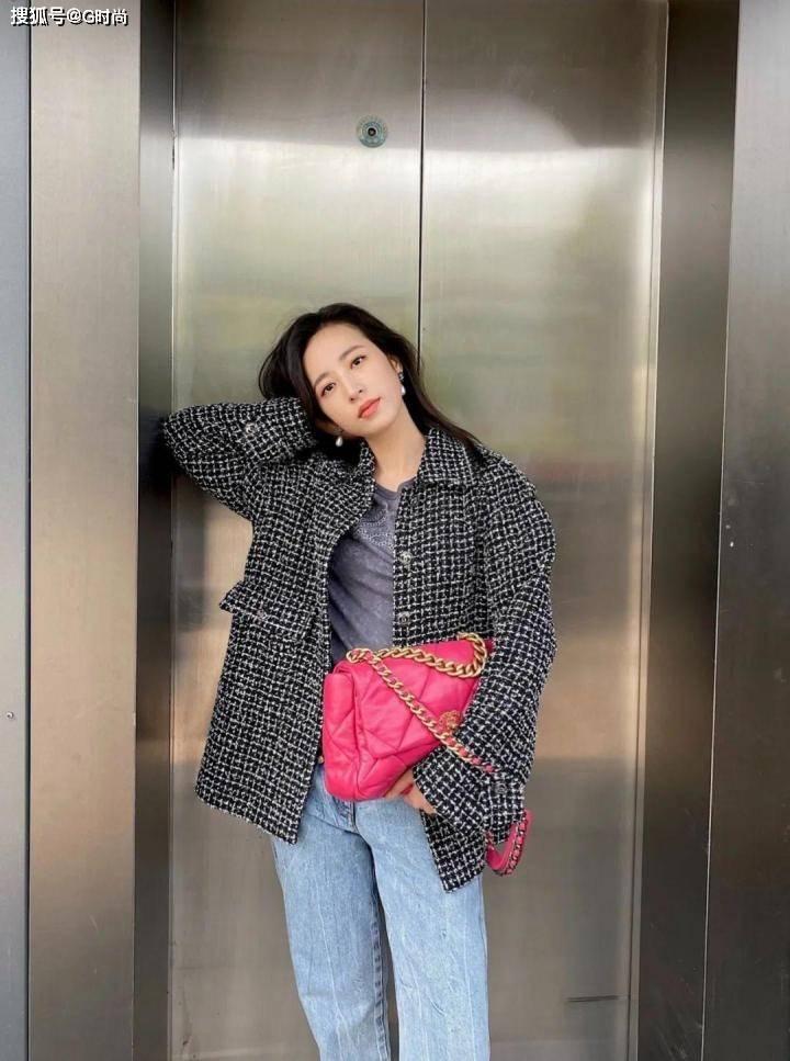 原创             要穿出优雅名媛范,怎么能少了好看的粗花呢外套,时髦又有气质